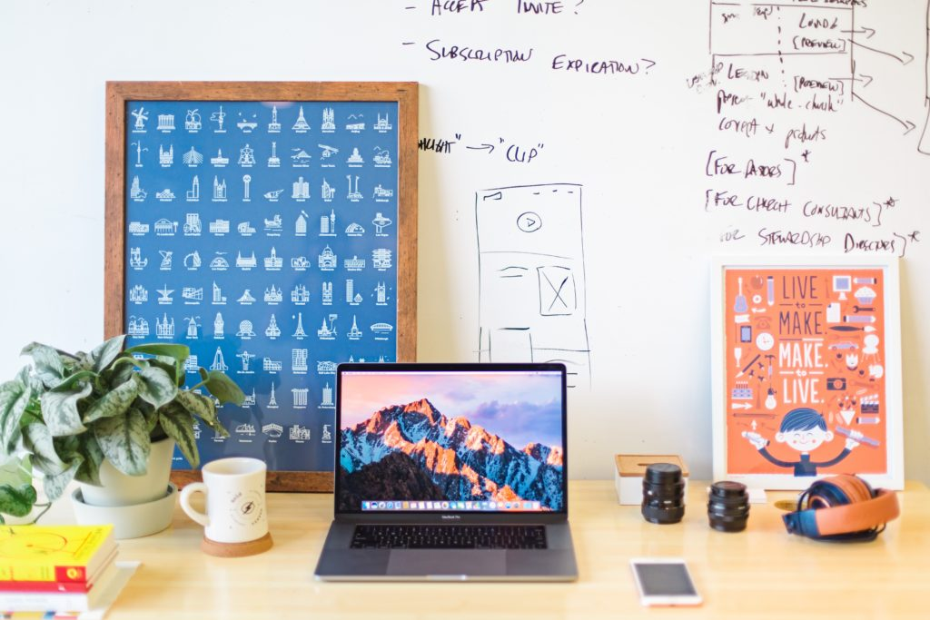 smarter-surfaces-home-office-whiteboard-wall