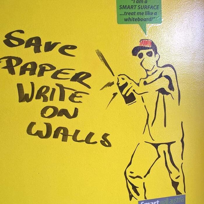 Message on yellow wall