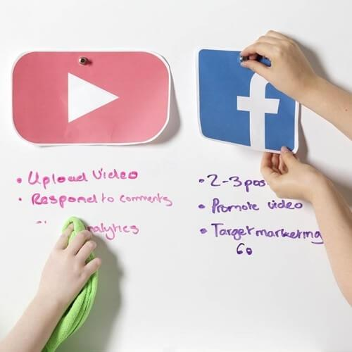 Hanging paper and writing on Smart Magnetic Whiteboard Wallpaper Low Sheen at the same time