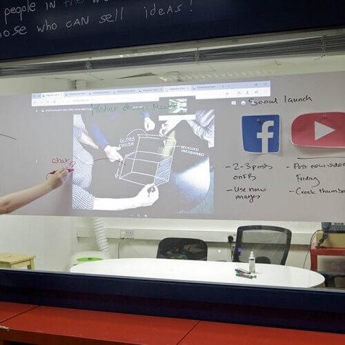 Writing and projecting and using magnets on Smart Magnetic Whiteboard Wallpaper Low Sheen